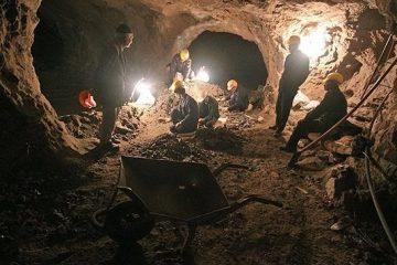 تشکیل اتاق بحران استان در محل حادثه معدن آزادشهر/ وزیر کار به محل حادثه اعزام شد