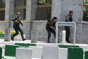 افزایش آمار تروریست های بازداشت شده/ دستگیری گروه «پشتیبان تیم تروریستی در حوادث اخیر» در اطراف تهران