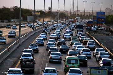 ترافیک نیمه سنگین در  آزادراه تهران پردیس