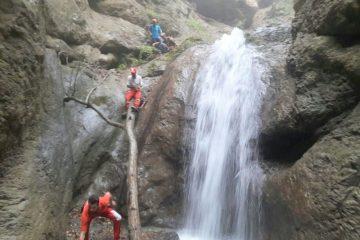سقوط از آبشار کبودوال موجب مرگ جوان ۲۷ ساله مشهدی شد