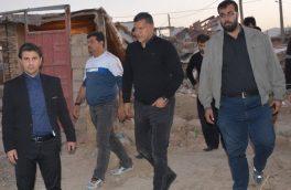 دایی یک روستای زلزله زده را می سازد